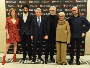 Natalia de Molina, Miguel Ángel Muñoz, Enrique Cerezo, José Sacristán, Concha Velasco y Santiago Segura.