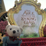 Raimundo Hollywood 'A través del espejo' de Alicia