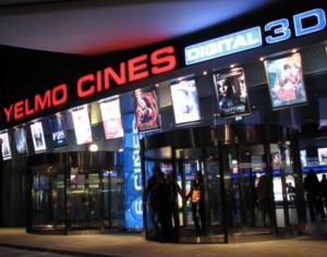 Ricardo vole fundador de yelmo cines recibir el premio for Yelmo cines barcelona
